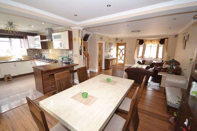 Thumbnail Bungalow to rent in Merton Road, Seven Kings, 8Pb