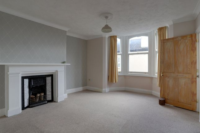 Living Room of Dawlish Street, Teignmouth TQ14
