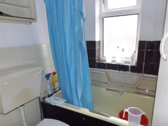 Bathroom of Driffield Street, Manchester, Greater Manchester, Uk M14