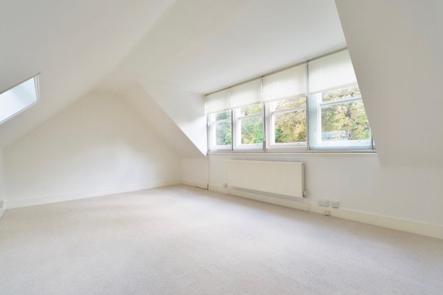 2 bed flat for sale in Lindfield Gardens, Hampstead