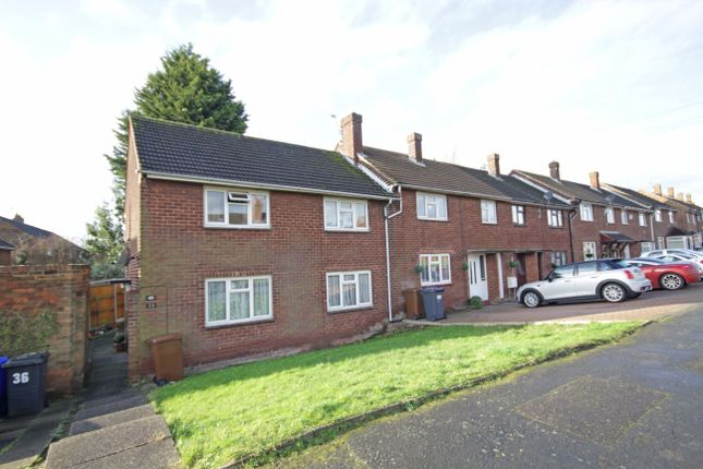 Thumbnail Flat to rent in Blackthorn Road, Stapenhill, Burton-On-Trent