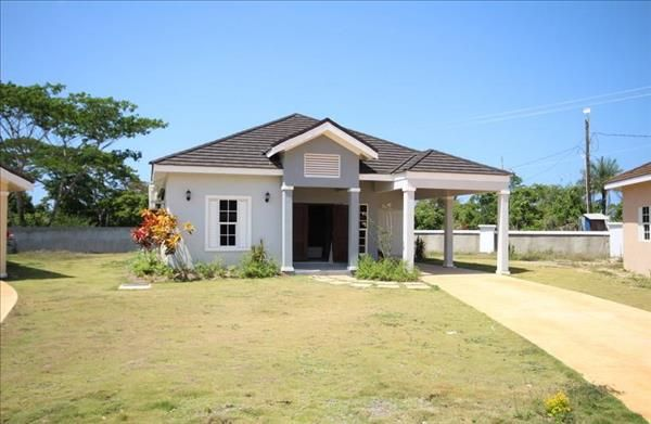 Thumbnail Detached house for sale in Mango Valley Road, Huddersfield Ave, Jamaica