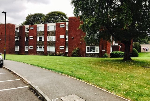 Thumbnail Flat to rent in Holly Park Drive, Erdington, Birmingham