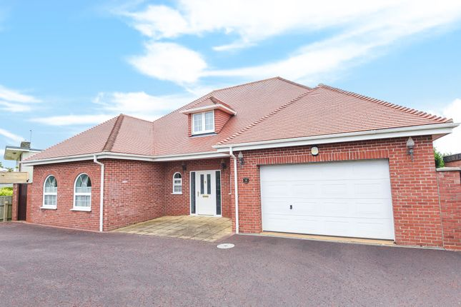 Thumbnail Detached house for sale in Kings Road, Hunstanton
