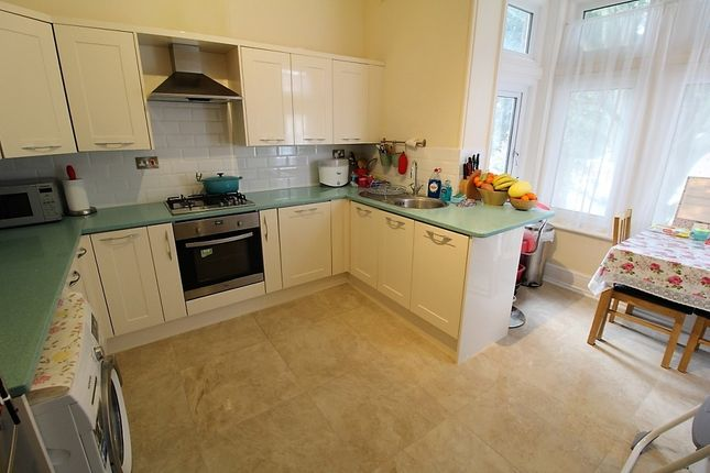 Thumbnail Flat to rent in Magdala Road, Cosham, Portsmouth
