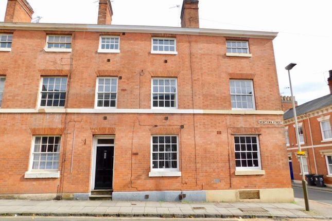 Thumbnail Town house to rent in Newtown Street, Leicester
