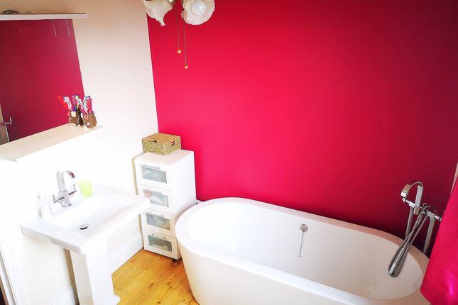 Stylish Bathroom of Beryton Road, Gosport PO12