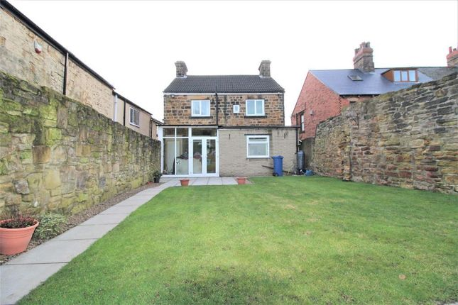 Thumbnail Detached house for sale in Wentworth Road, Blacker Hill, Barnsley, South Yorkshire