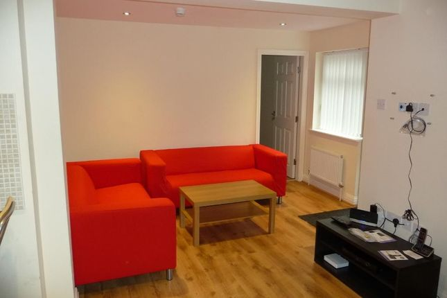 Thumbnail Property to rent in Sherwood Street, Fallowfield, Manchester