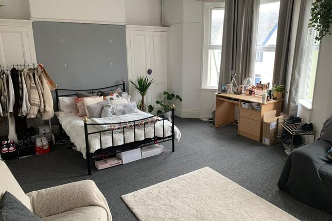 Thumbnail Shared accommodation to rent in Beaumont Road, Plymouth