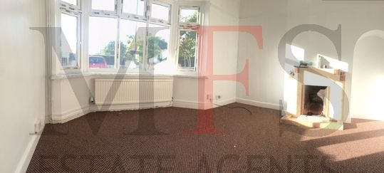 3 bed semi-detached house to rent in Southall Lane, Cranford