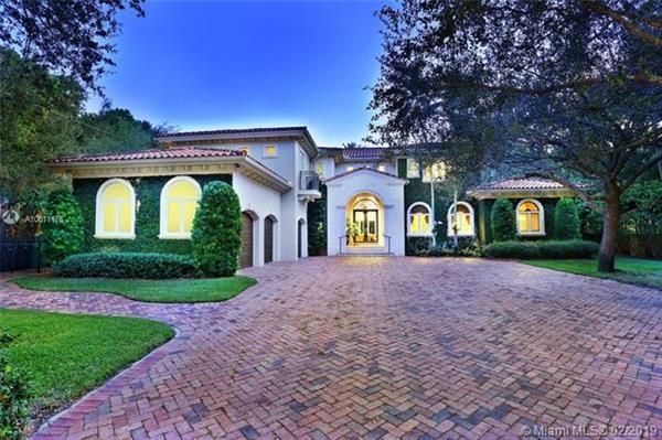 Fabulous Properties For Sale In Coral Gables Miami Dade County Home Interior And Landscaping Elinuenasavecom