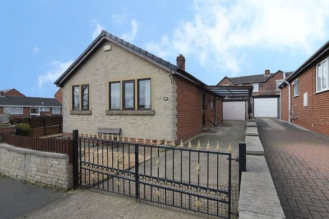 Thumbnail Detached bungalow for sale in Hill Top Close, Fitzwilliam, Pontefract