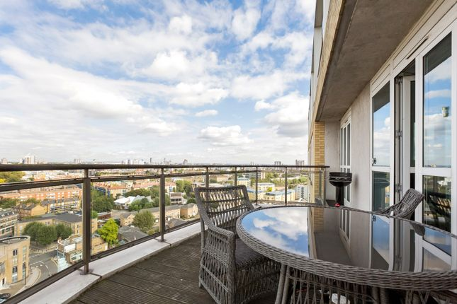 Thumbnail Flat to rent in Belgrave Court, 36 Westferry Circus, Canary Wharf, Canary Wharf, London
