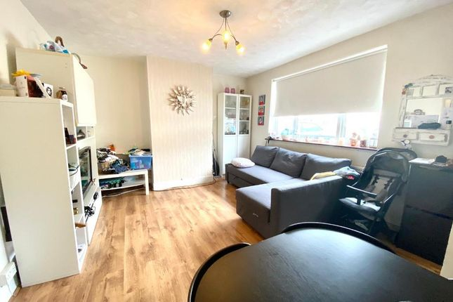 Thumbnail End terrace house to rent in New Close, Colliers Wood, London