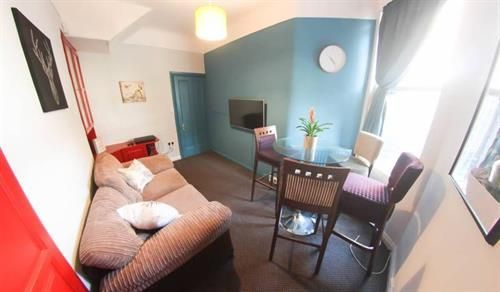Thumbnail Shared accommodation to rent in Ensworth Road, Mossley Hill, Liverpool