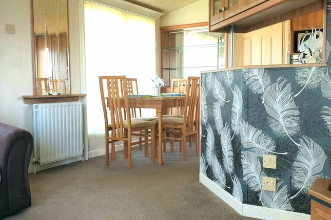 2 bed mobile/park home for sale in Coniston Road, Sproatley, Hull HU11