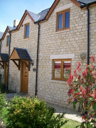 Thumbnail Cottage to rent in St. Marys Street, Chippenham, Wiltshire