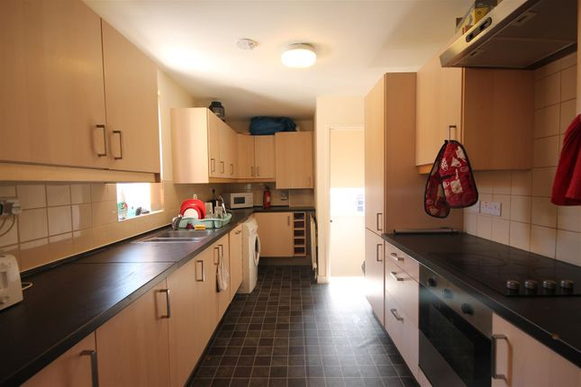 Thumbnail Maisonette to rent in Hazelwood Avenue, Jesmond, Newcastle Upon Tyne