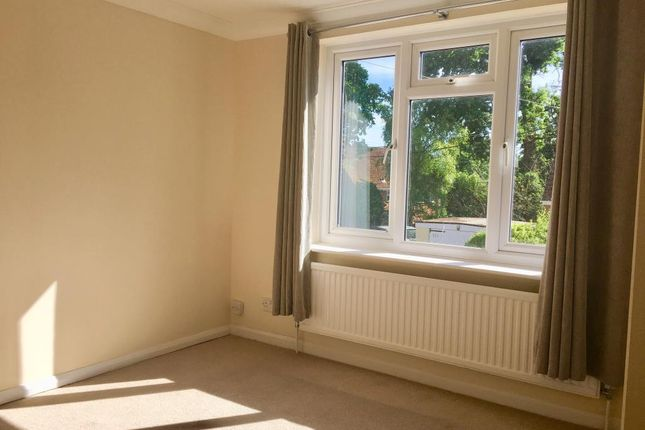 Bedroom of Sandhurst, Berkshire GU47