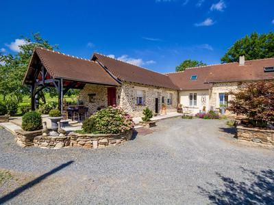 Thumbnail Property for sale in Segur-Le-Chateau, Corrèze, France