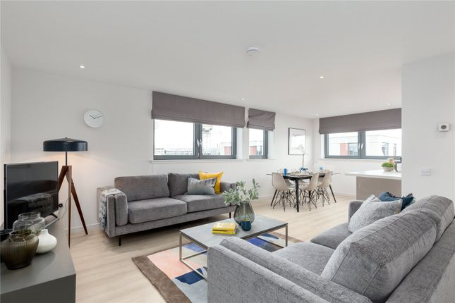 Thumbnail 4 bed shared accommodation to rent in Canal Walk, Edinburgh, Midlothian