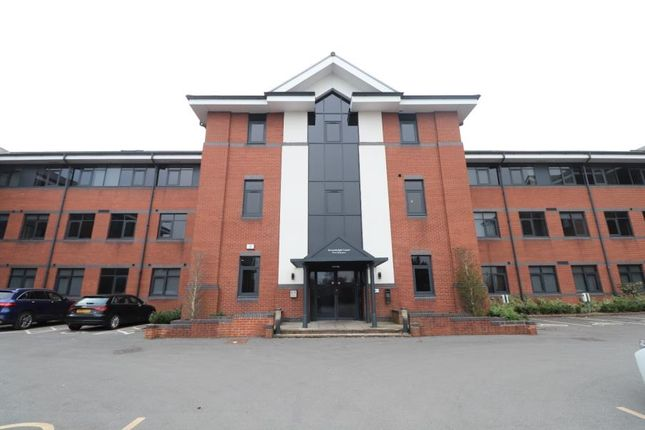1 bed flat to rent in Greenleigh Court, Dawsons Square, Pudsey LS28