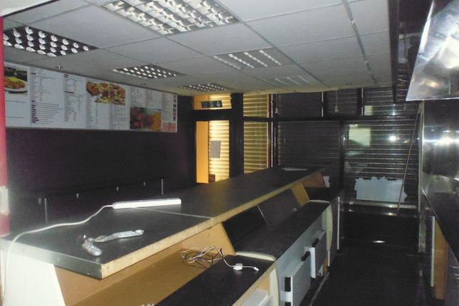 Thumbnail Property to rent in Whithworth Road, Rochdale