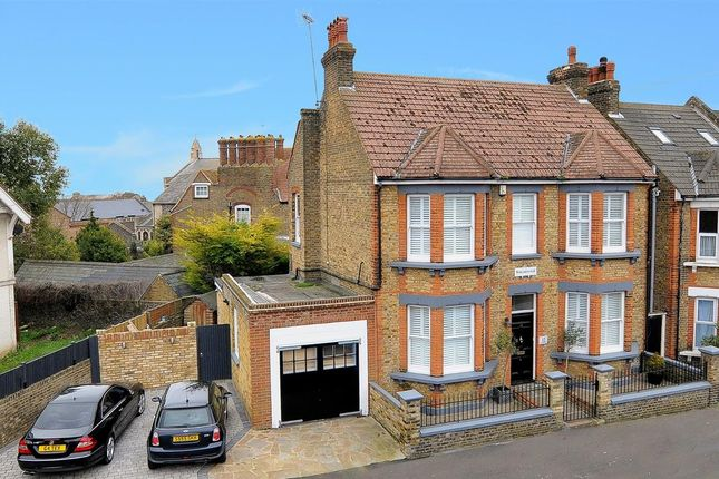 Thumbnail Detached house to rent in Rectory Road, Broadstairs