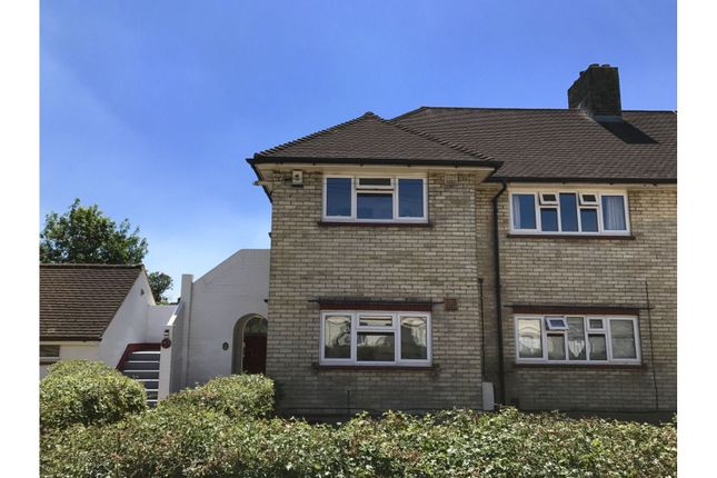 The Property of Cannon Road, Bexleyheath DA7