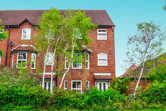 Thumbnail Town house to rent in Valley View, Mansfield