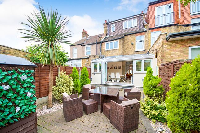 Terraced house for sale in Lincoln Road, London