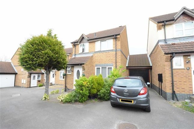 Thumbnail Detached house for sale in Caravel Close, Chafford Hundred, Essex