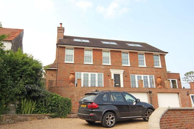 Thumbnail Detached house to rent in Gold Hill North, Chalfont St. Peter, Gerrards Cross
