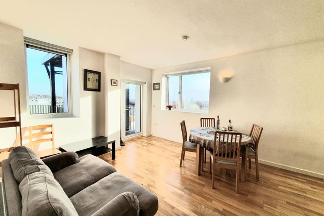 Thumbnail Flat to rent in Whittington House, Holloway Road, Archway