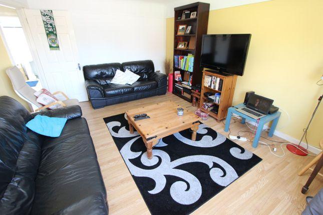 Thumbnail Flat to rent in Sedbergh Road, Southampton