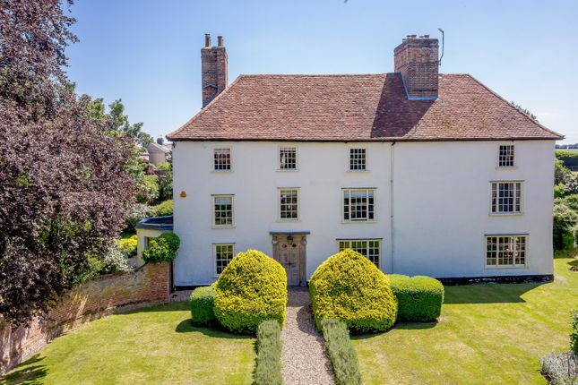 Thumbnail Town house for sale in Grange Hill, Coggeshall, Essex