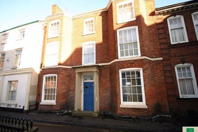Flat to rent in New Street, Leicester
