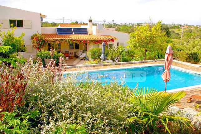4 bed villa for sale in Albufeira, Algarve, Portugal