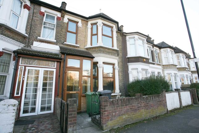 5 bed terraced house to rent in Lyttleton, Leyton E10