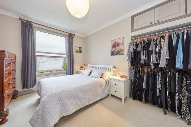 Thumbnail Maisonette to rent in Isledon Road, London