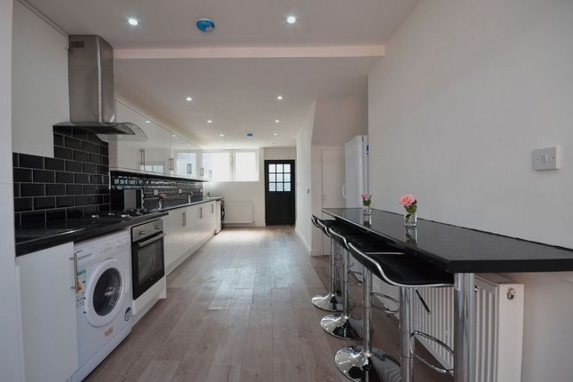 Thumbnail Terraced house to rent in Victoria Dock Road, London