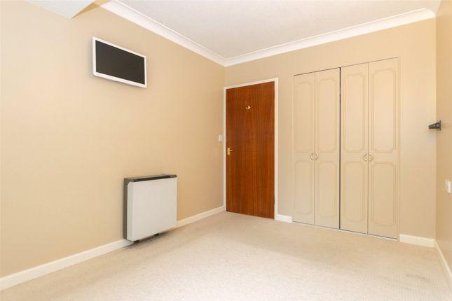 Bedroom of Wetherby Road, Leeds LS8