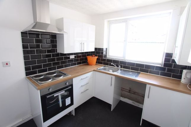 Thumbnail Terraced house to rent in Kingfisher Business Park, Hawthorne Road, Bootle