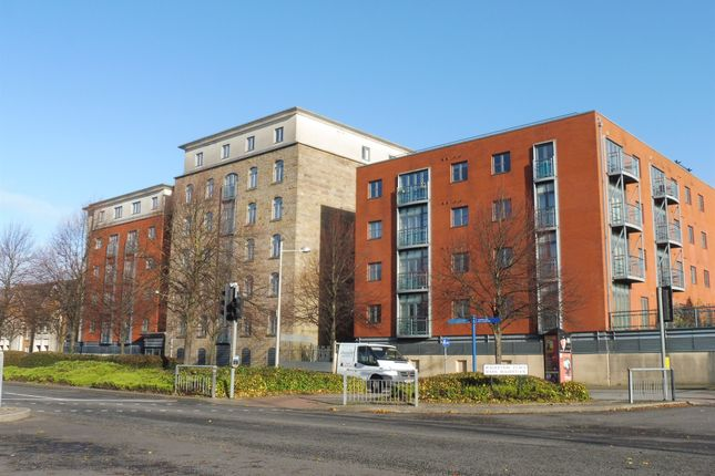 Thumbnail Flat for sale in Silurian Place, Cardiff