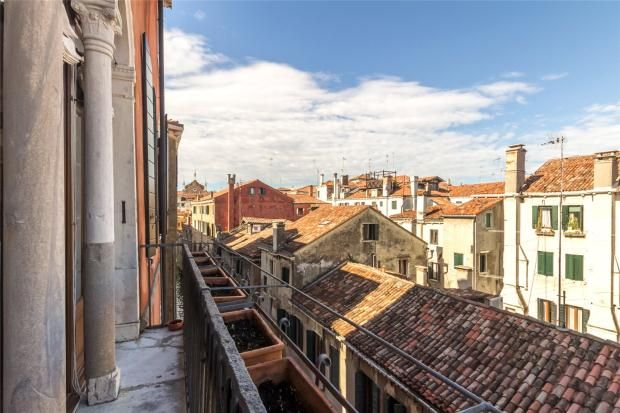Thumbnail Apartment for sale in Ca' Sanudo Turloni, San Polo, Venice, Italy