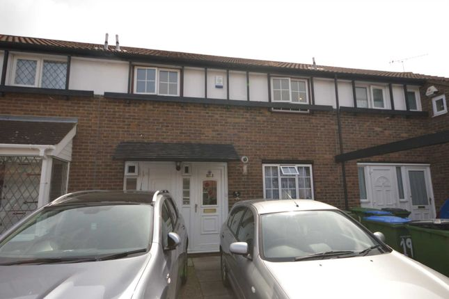 Thumbnail Property for sale in Whimbrel Close, London