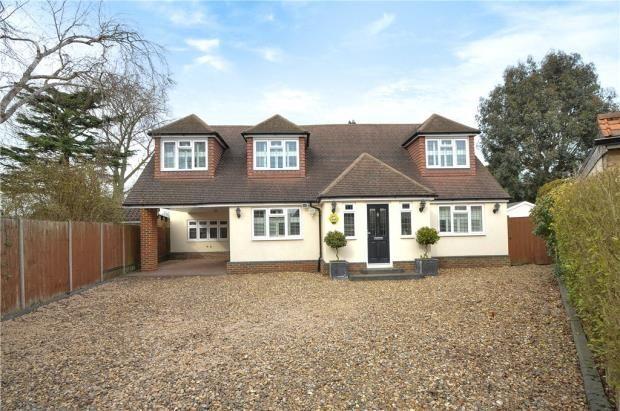 6 bed detached house for sale in River Walk, Denham, Uxbridge