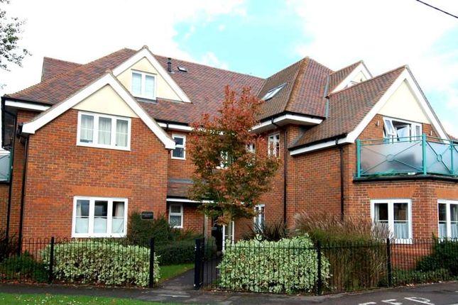 Thumbnail Flat to rent in Station Road, Princes Risborough
