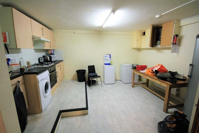 Thumbnail Property to rent in Lewes Road, Brighton